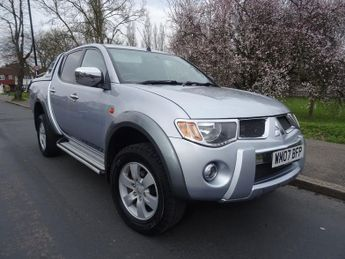 Mitsubishi L200 4WD LWB WARRIOR DCB - NEW SERVICE + 2 KEYS