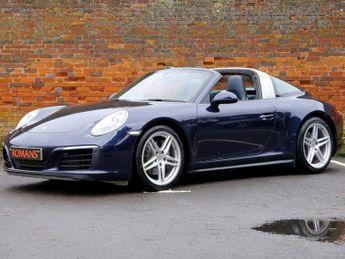 Porsche 911 991.2 TARGA 4 PDK - 1 Owner - PASM - Reversing Camera